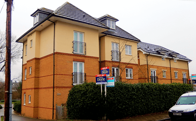 Apartment building near Borehamwood